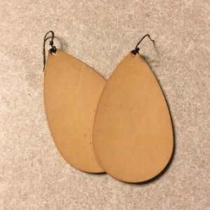 Nickel and suede leather earrings